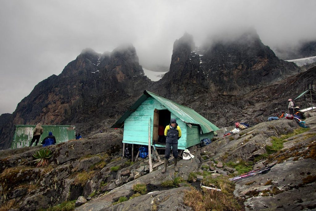 Hiking Rwenzori Mountains Safari