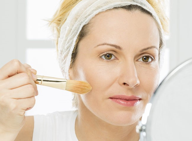 The BEST Make-up for Wrinkles & Aging Skin!