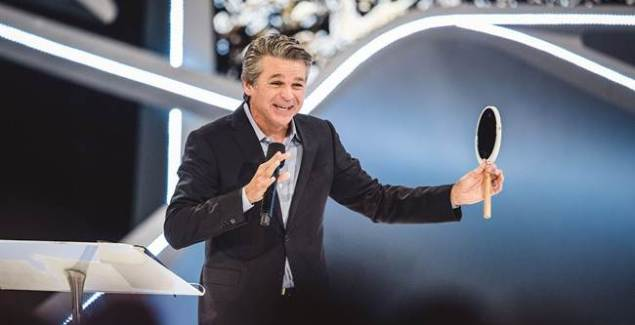 Jentezen Franklin Calls on Americans to Pray for Spiritual Revival