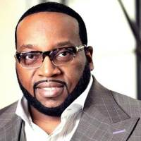 Marvin Sapp Announces Retirement from Lighthouse Full Life Center