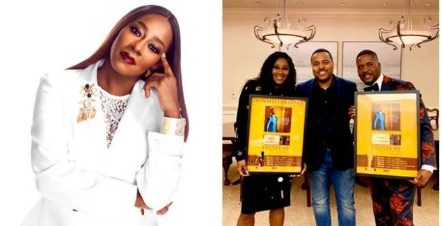 Donald Lawrence & Le' Andria Johnson Bag Recognition for Billboard ...