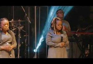 Download: Ayanda Ntanzi Basuka Bayezweni [Mp3 + Lyrics]