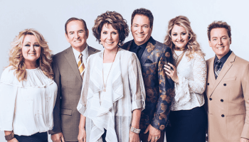 gma hall of fame members the hoppers pay tribute to gospel music pioneers - Candy Christmas Gospel Singer
