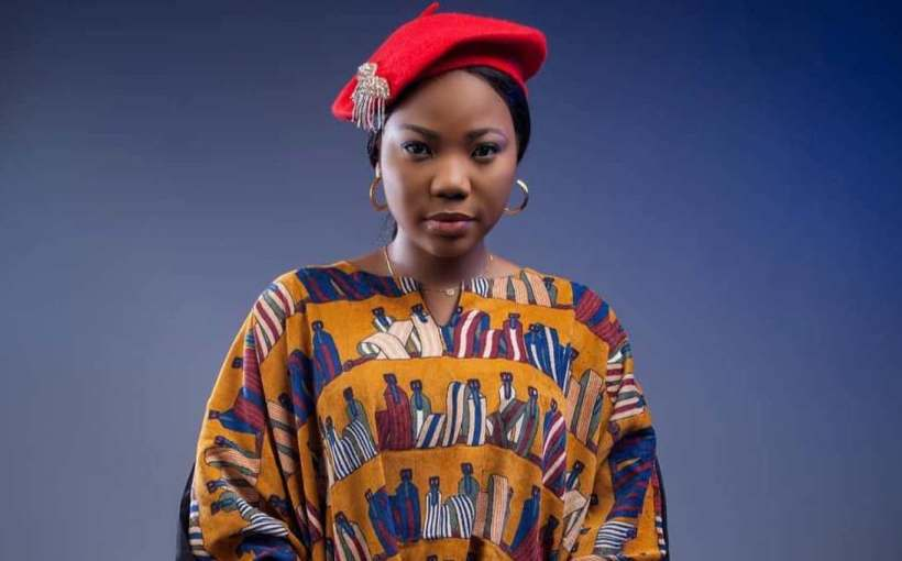 Download Kosi mp3 and Video by Mercy Chinwo