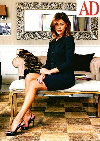 Belen Rodriguez apre le porte alla rivista di design AD