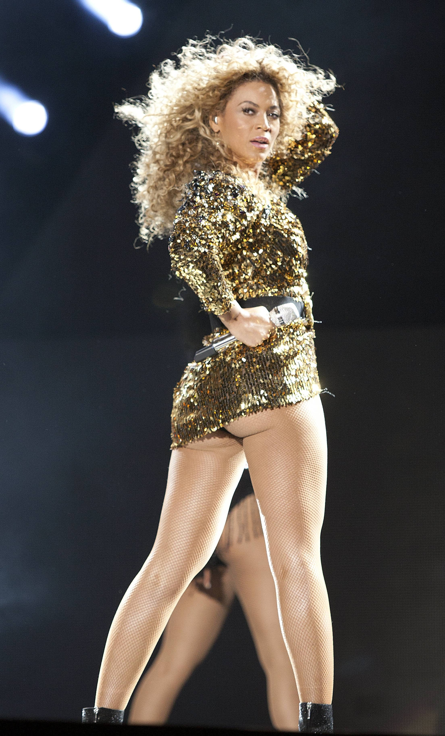 Beyonce Performs at The 2011 Glastonbury Festival10  GotCeleb