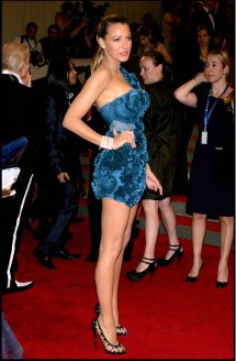 Blake-lively-2010-costume-institute-gala-in-nyc-2010-adds