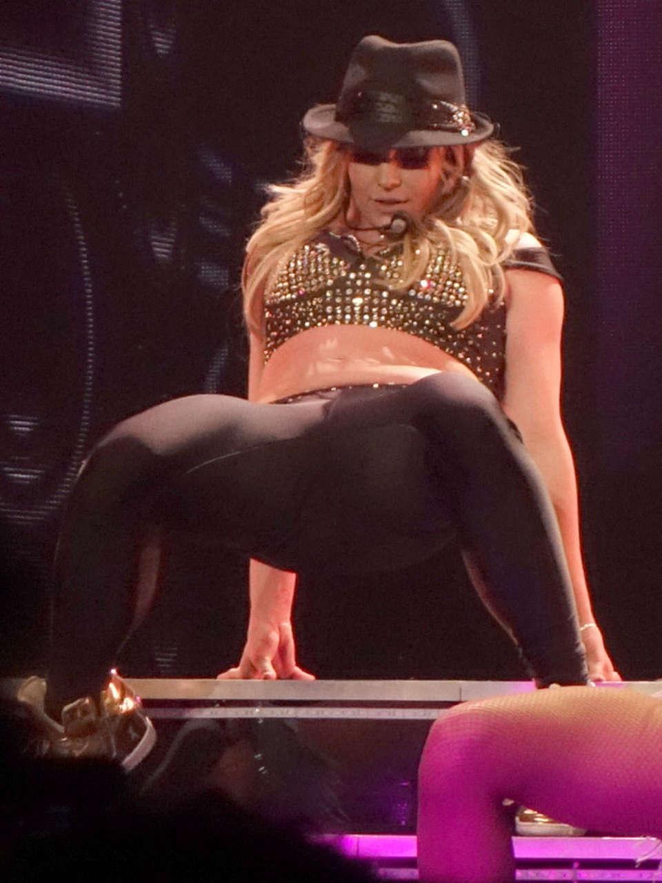 Britney Spears Piece Of Me Laser Pics 12  GotCeleb