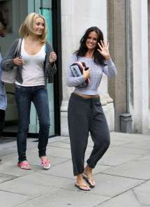Jennifer Metcalfe In Baggy Track Pants-04 - Gotceleb