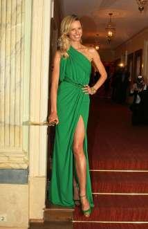 Karolina Kurkova Legs Gala Spa Award-05 Gotceleb