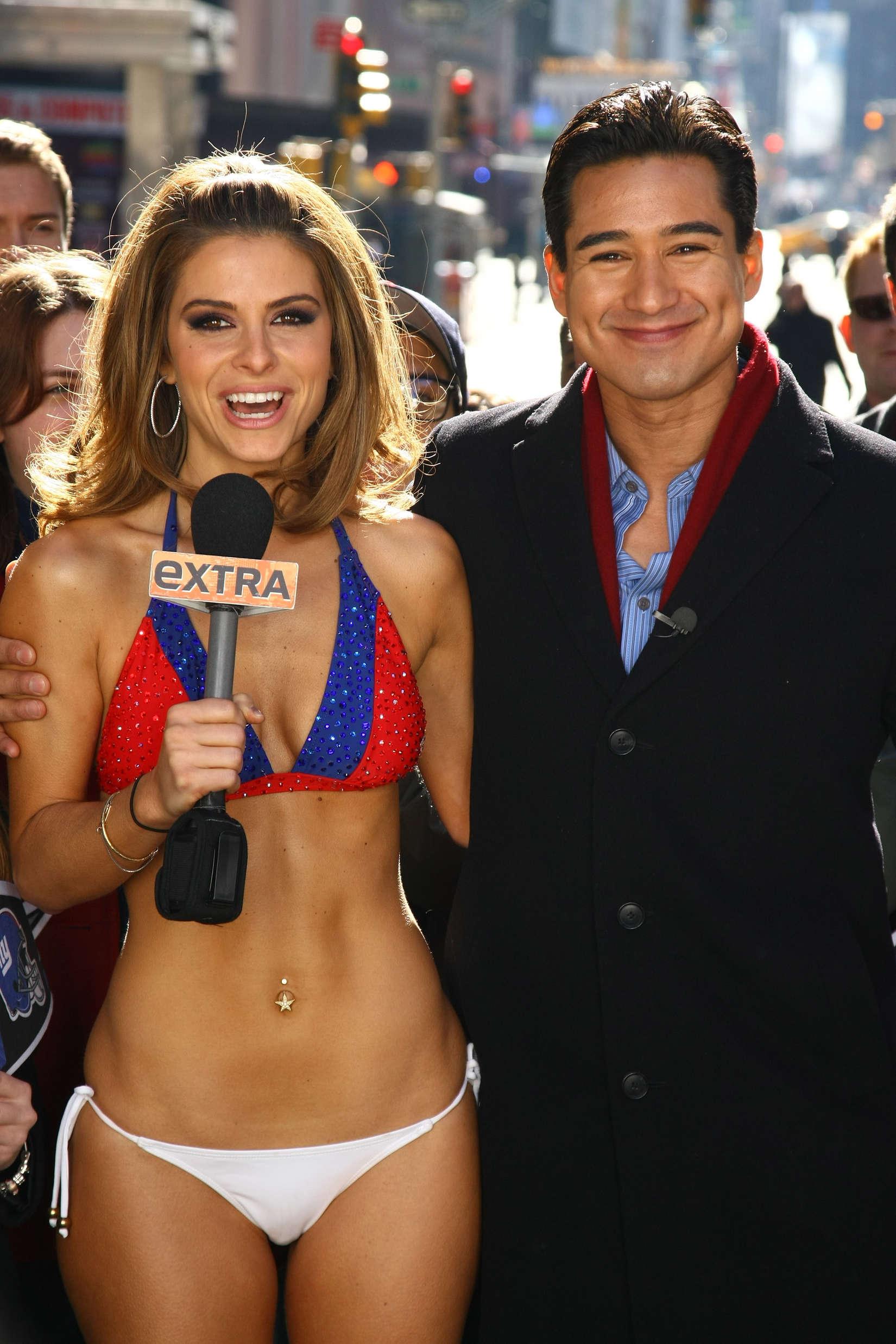 Maria Menounos Wear NY Giants Bikini09  GotCeleb