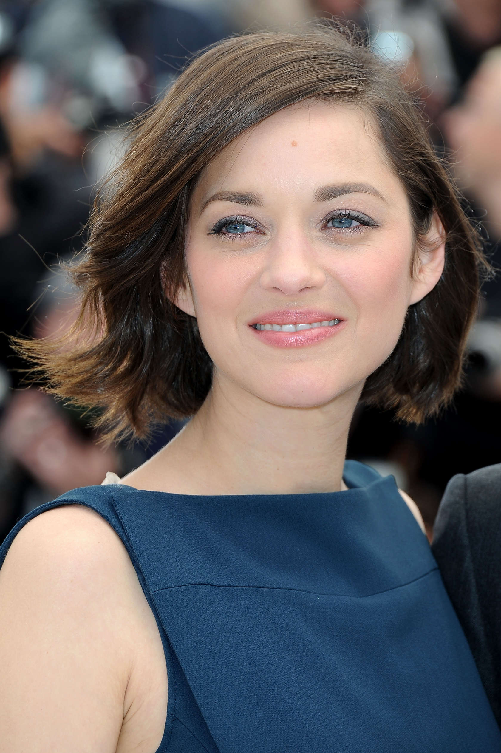 Marion Cotillard Blood Ties Photocall At The 66th Cannes