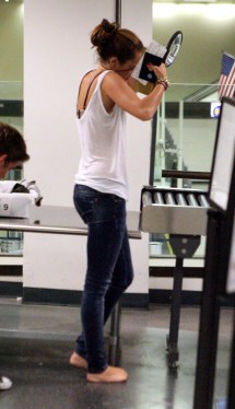 Miley Cyrus Barefoot Airport