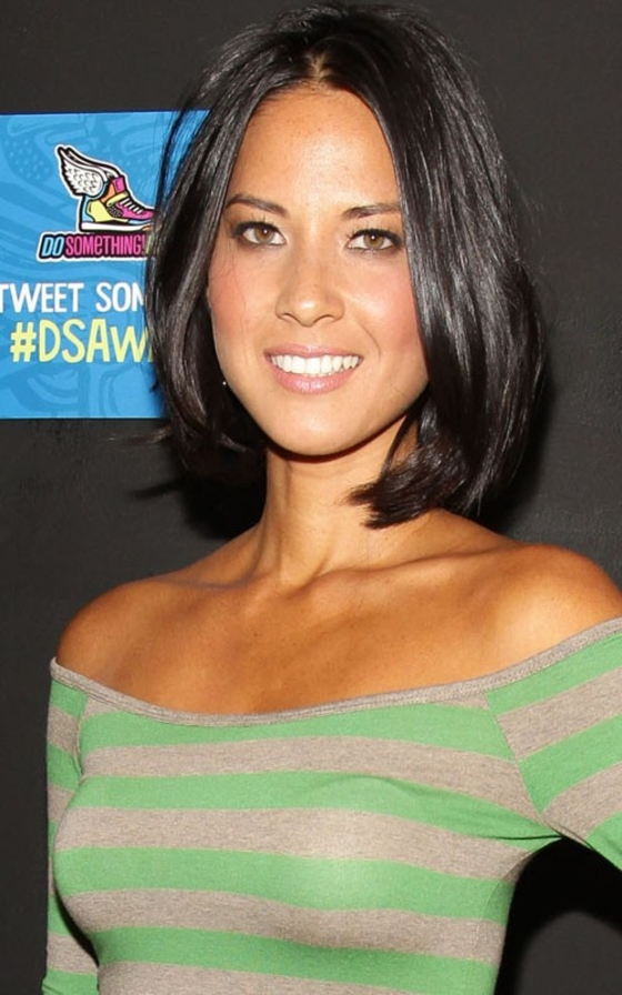 Olivia Munn In Tight Top At 2011 Do Something Awards-04