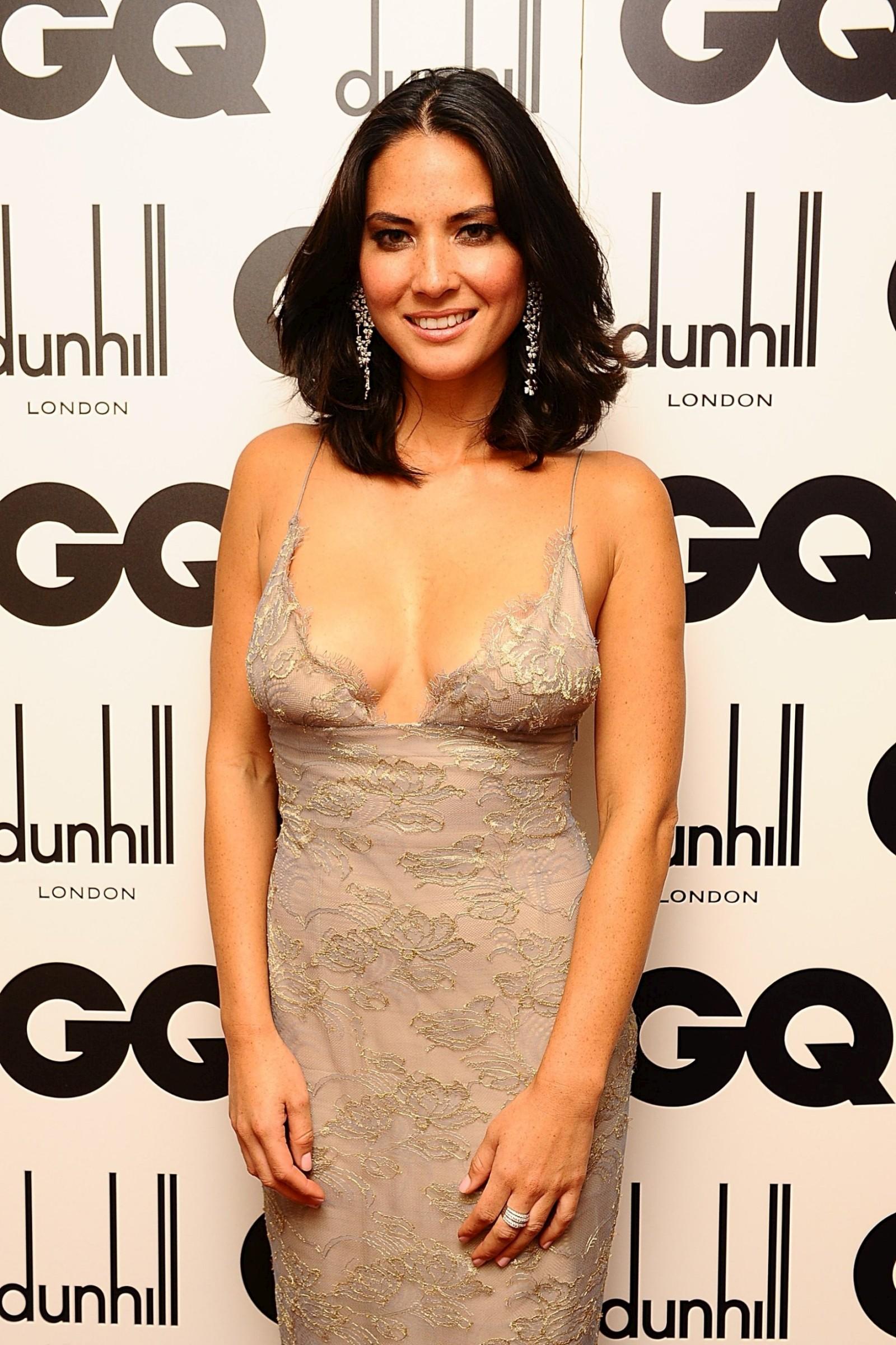 Olivia Munn cleavage03  GotCeleb