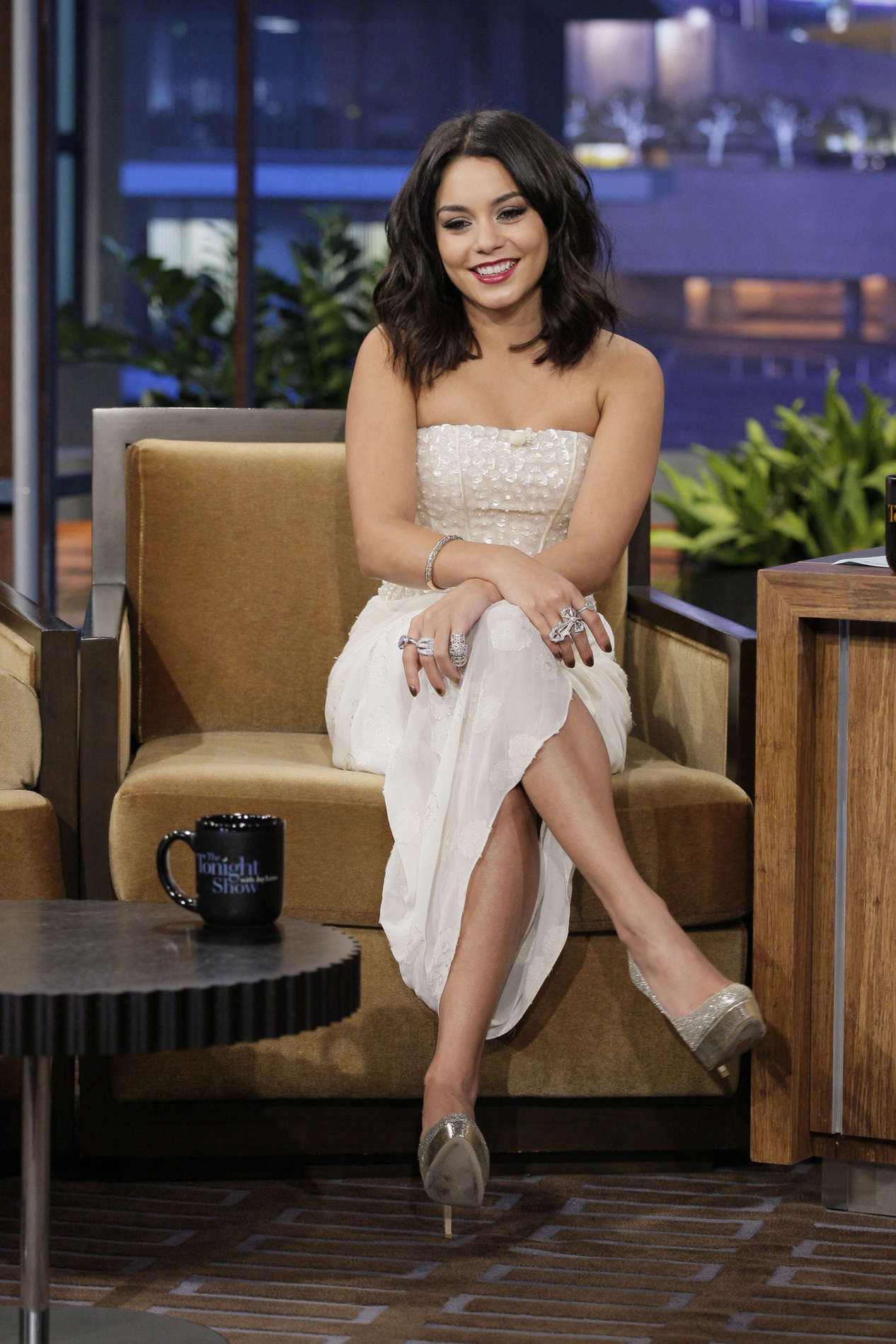 Cute Nice Baby Wallpapers Vanessa Hudgens On The Tonight Show With Jay Leno 04