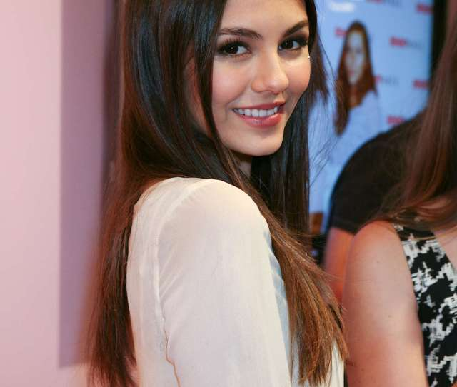 Victoria Justice In Sexy Tight Jeans At  Teen Vogue Haute Spot