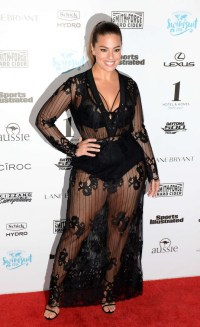 Ashley Graham: Sports Illustrated Swimsuit 2016 Red Carpet ...