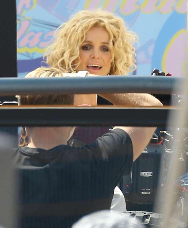 Britney Spears Filming Pretty Girls -11 Gotceleb