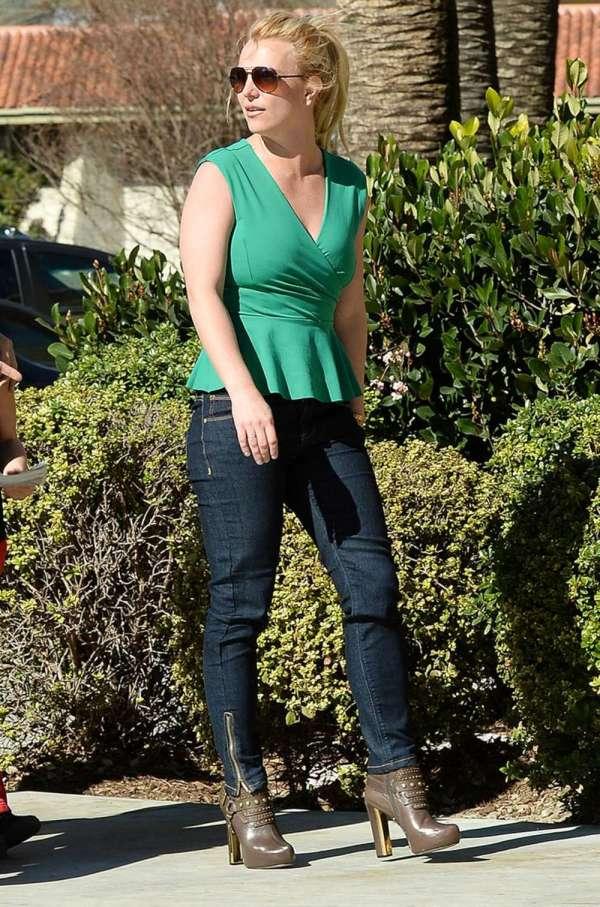 Britney Spears In Thousand Oaks Gotceleb