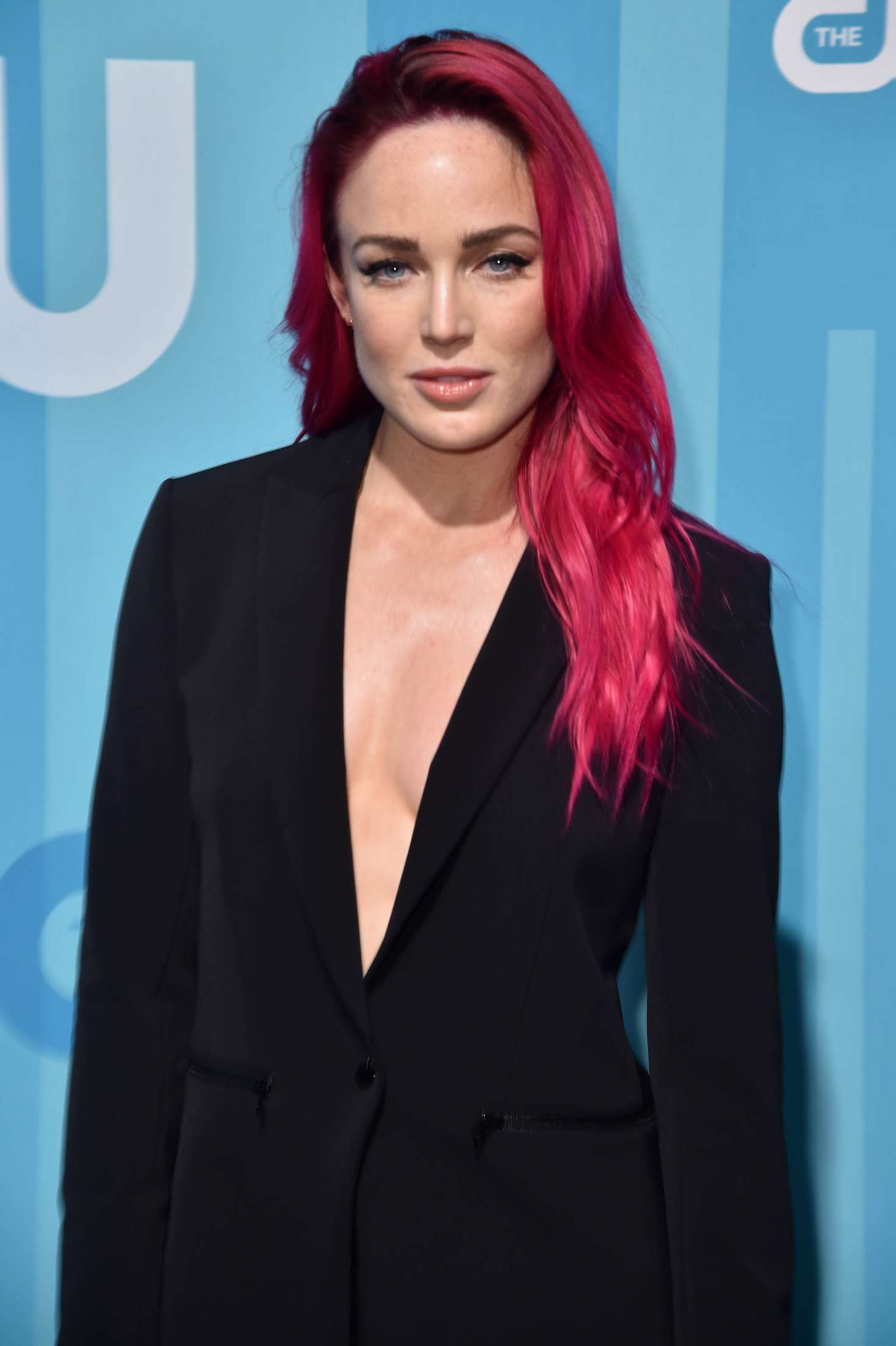 Cat In Fall Wallpaper White Caity Lotz 2017 Cw Upfront Presentation In New York