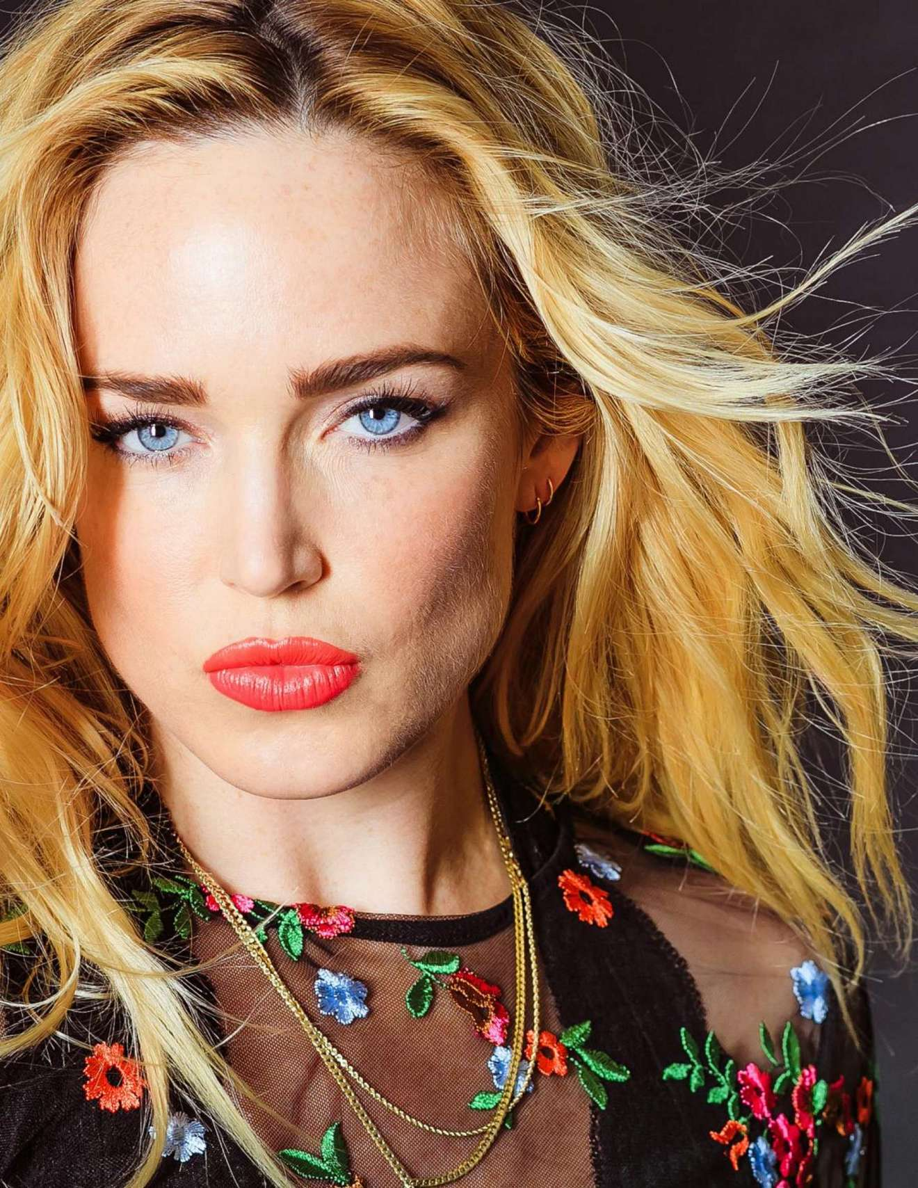 Fall In Paris Wallpaper Caity Lotz Nkd Magazine Issue 76 By Catherine Powell 01
