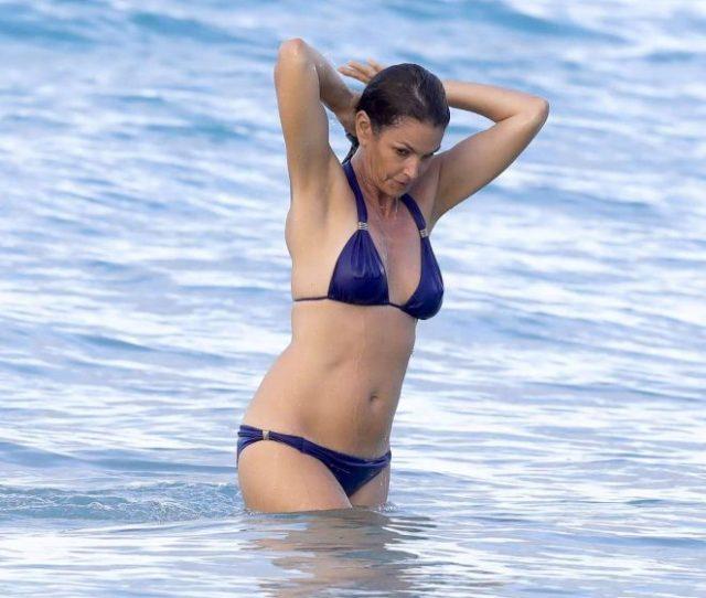 Cindy Crawford In Blue Bikini 2017 08