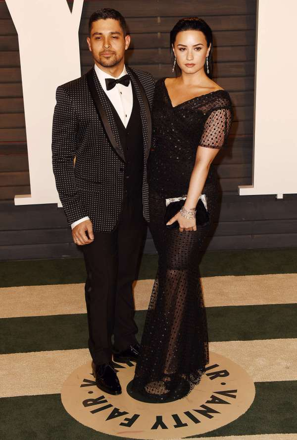 Demi Lovato 2016 Vanity Fair Oscar Party -03 - Gotceleb