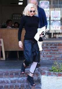 Gwen Stefani - Acupuncture Clinic In La