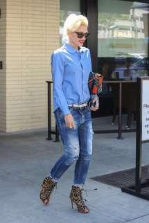 Gwen Stefani In Jeans Leaves Palm -03 - Gotceleb