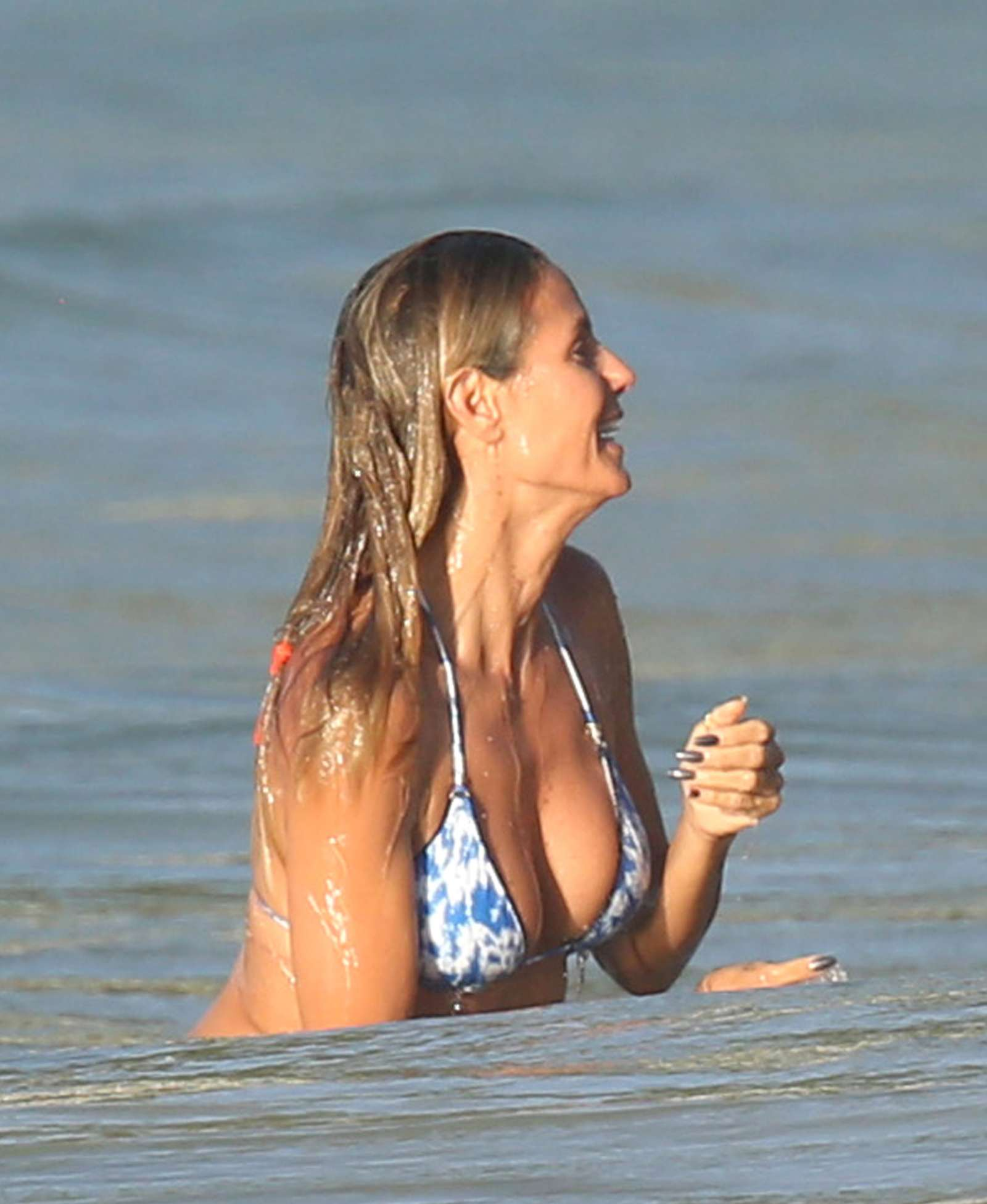 Heidi Klum In Bikini 2016 01 GotCeleb