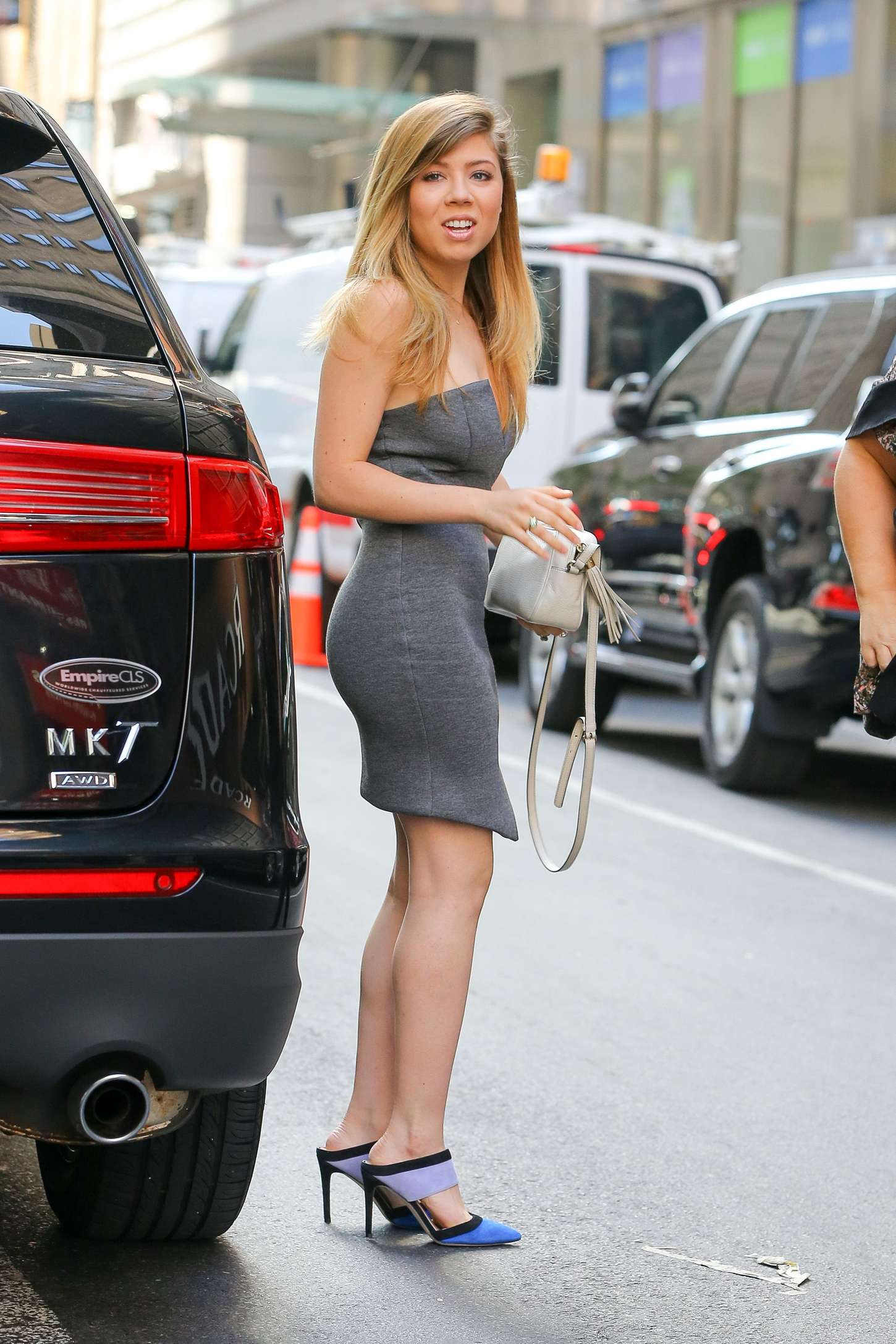 Jennette Mccurdy In Mini Dress At Today Show 08 Gotceleb