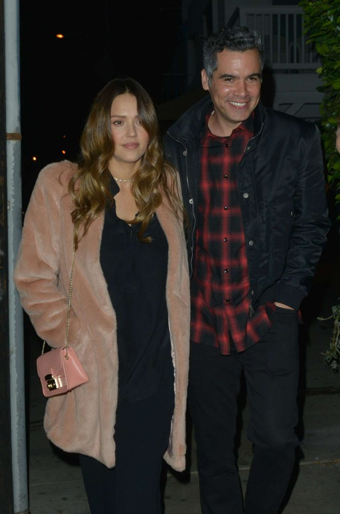 Jessica Alba and Cash Warren: Out for dinner in Santa Monica -02