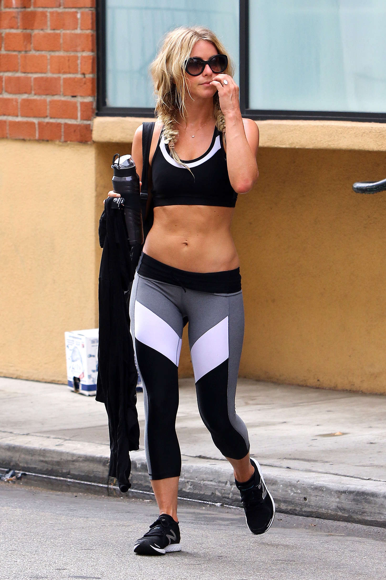Julianne Hough in Leggings and Sports Bra 02  GotCeleb