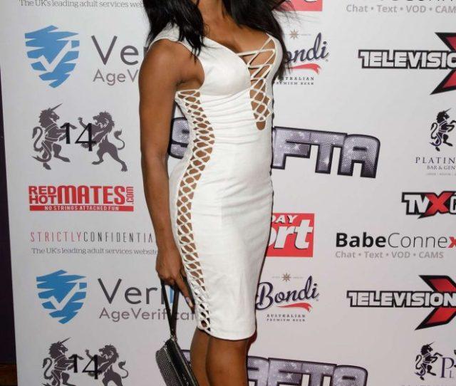 Kiki Minaj Television X Shafta Adult Awards 2016 01