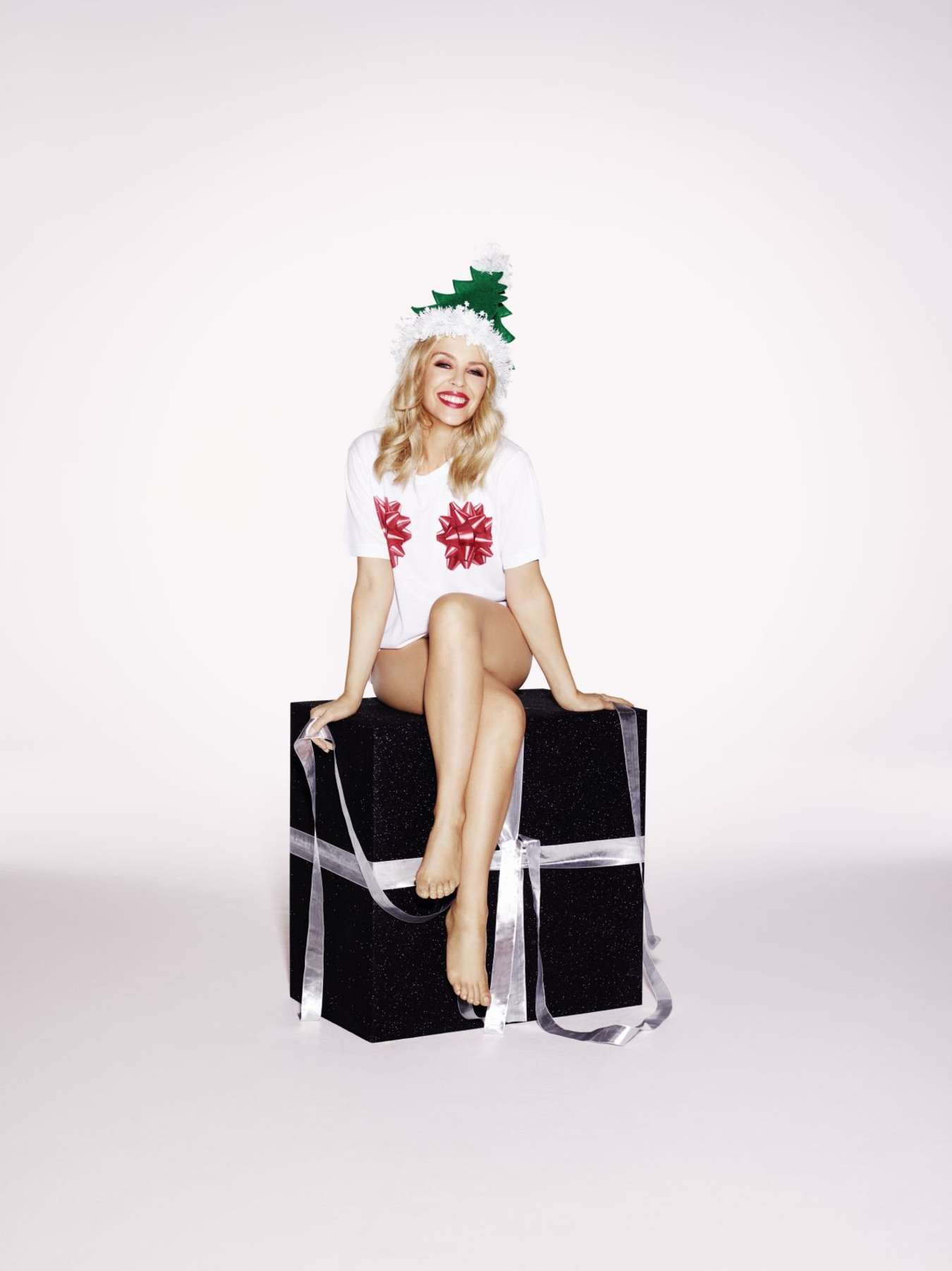 Kylie Minogue A Kylie Christmas Shooting 2015 01 GotCeleb