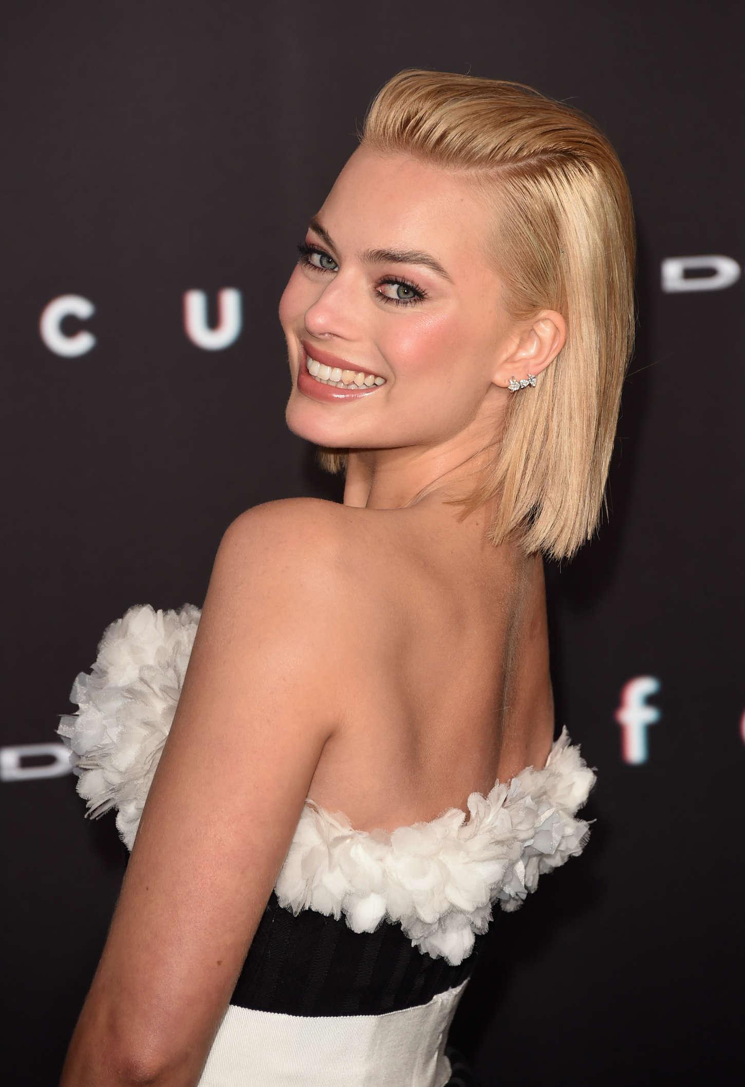 Margot Robbie Focus Premiere In Los Angeles