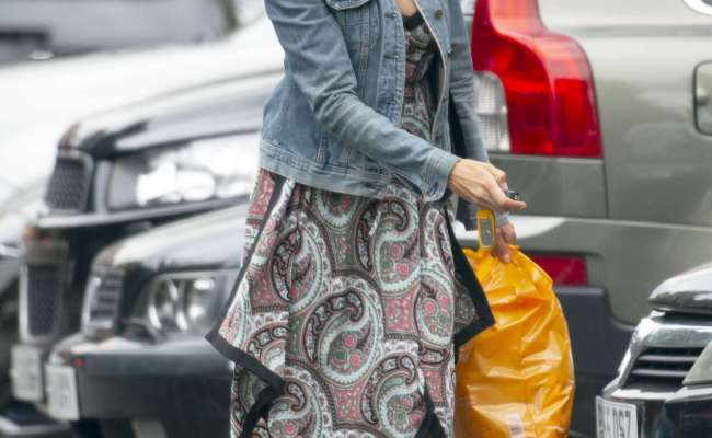 Melanie Sykes Out And About In North London 04 Gotceleb