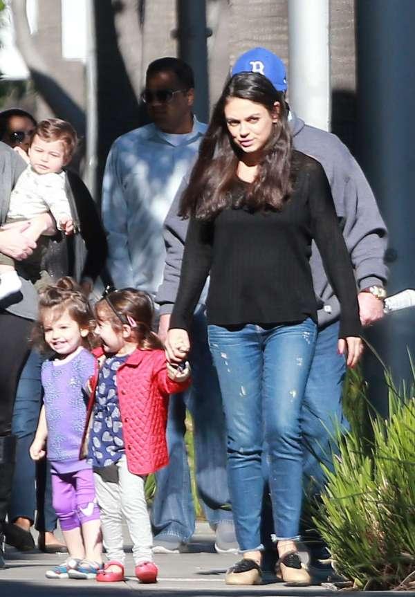 Mila Kunis With Family Arriving Breakfast -01 - Gotceleb