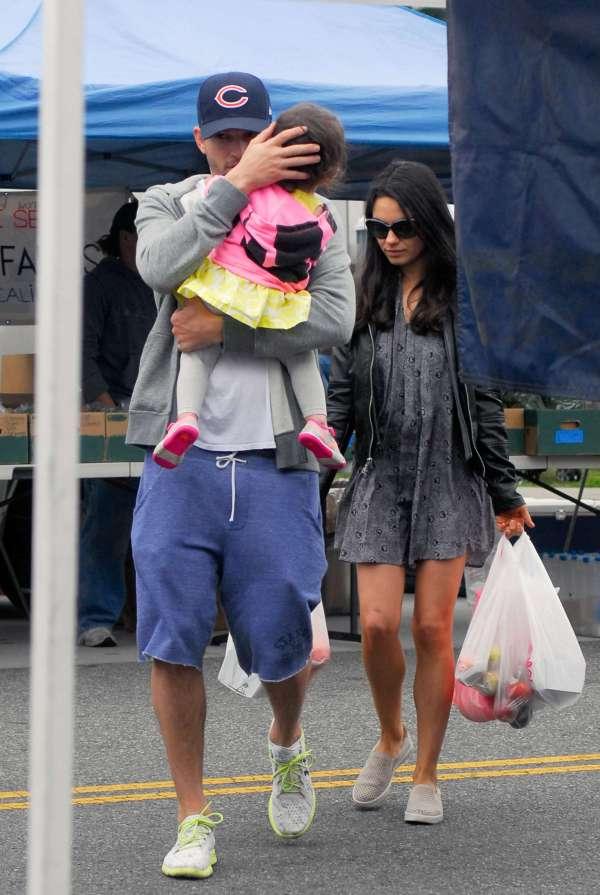 Mila Kunis With Family Farmers Market -07 - Gotceleb