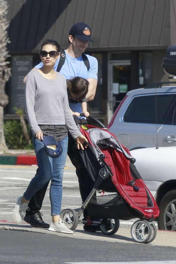 Mila Kunis With Family In La -20 - Gotceleb