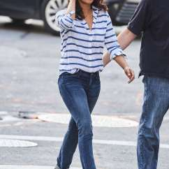 Kitchen Pants What To Use Clean Wood Cabinets Priyanka Chopra In Tight Jeans -08 - Gotceleb