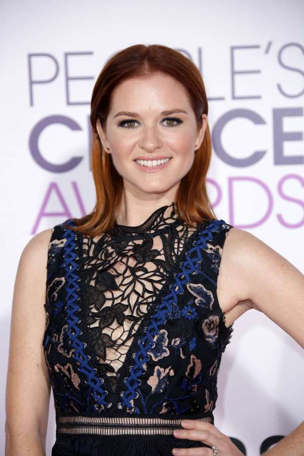 Sarah Drew - 2017 People' Choice Awards In Los Angeles