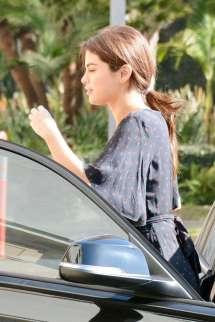 Selena Gomez Candid