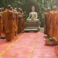 פסטיבל בודהיסטי אשר בדרך כלל מתקיים בחודש יולי, עם ירח מלא. זה הפסטיבל מנציח את בודהה ביום הדרשה הראשונה. בתאילנד , ביום זה מכירה של משקאות אלכוהוליים אסורה. הדרשה בפארק […]