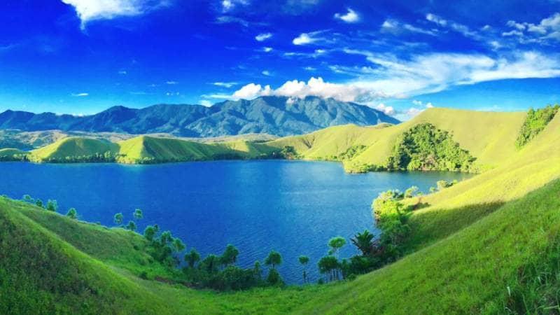 Danau Sentani  GoTravelly