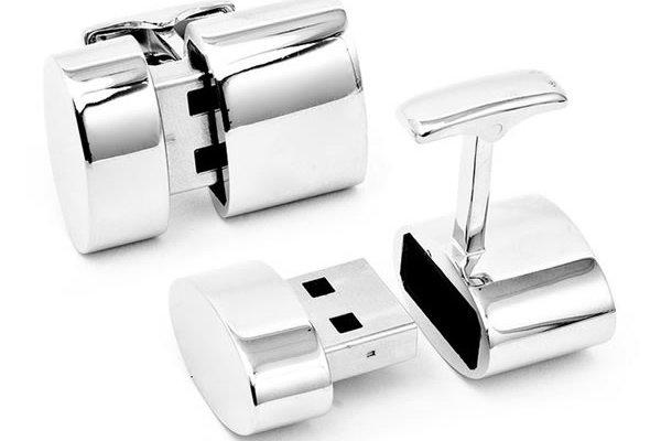 Brookstone Polished Silver Oval Wifi and 2GB USB Cufflinks