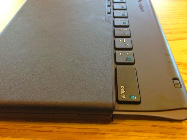 logitech tablet keyboard and case