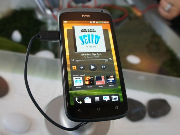HTC One S Details, Review & Hands-On Video Roundup