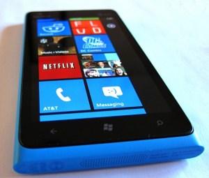 Nokia Lumia 900 Not Hitting UK Until May 14th